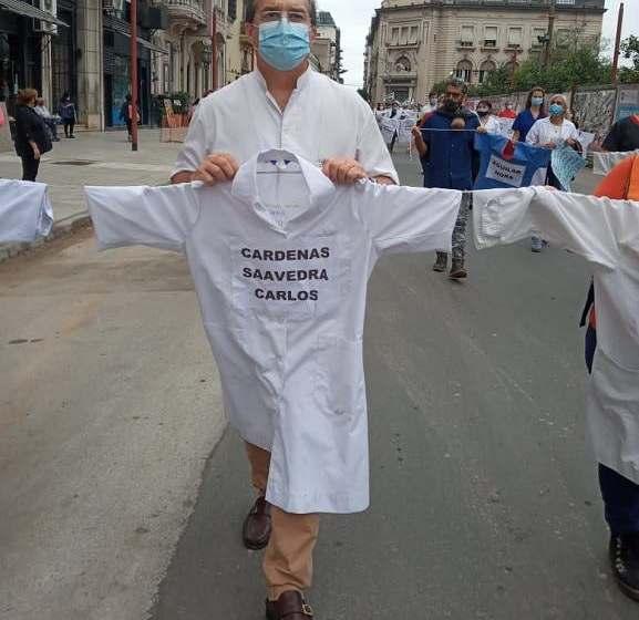 """TUCUMAN: """"Vamos a tener que decidir quién vive y quién muere"""", advierte el jefe de terapia intensiva del hospital Padilla"""