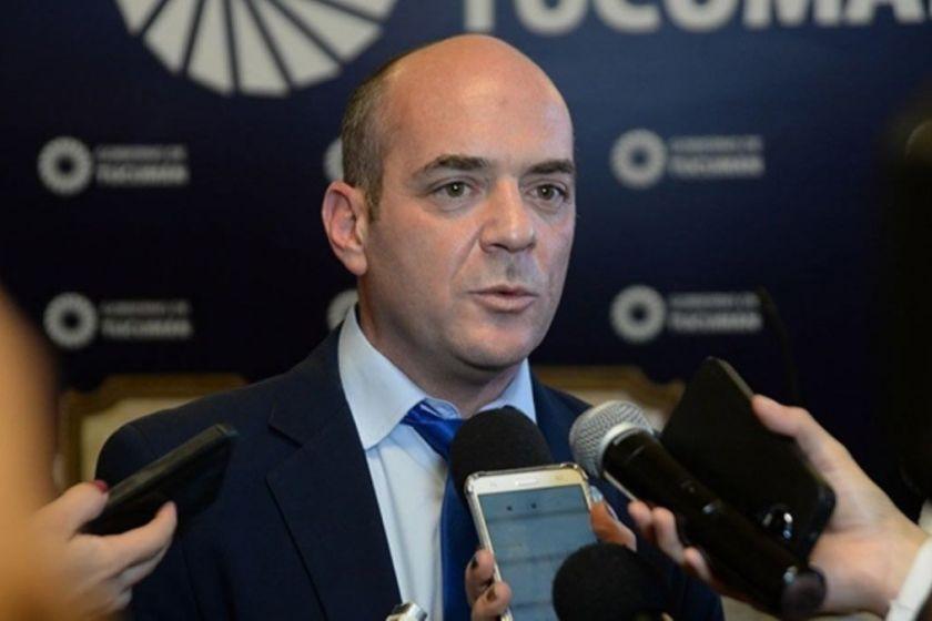 INCOMPRENSIBLE: El ministro Lichtmajer manda en el pico de la Pandemia de Coronavirus a clases presenciales a Docentes y Alumnos.