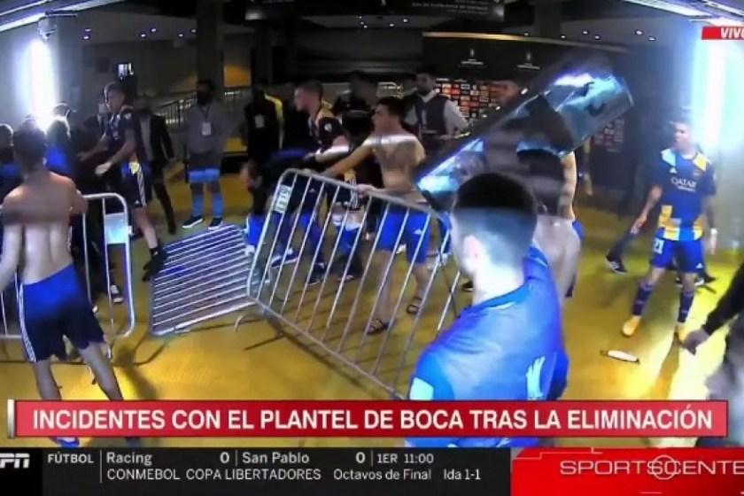 """Graves incidentes con jugadores de Boca y la policía que lanzó gases en vestuarios del Mineirao  """"VIDEO"""""""