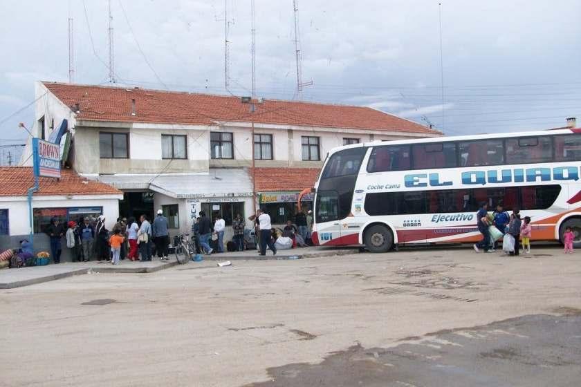 Hallaron en la terminal de La Quiaca a la joven de Los Pocitos desaparecida: estaba por irse del país con un peruano