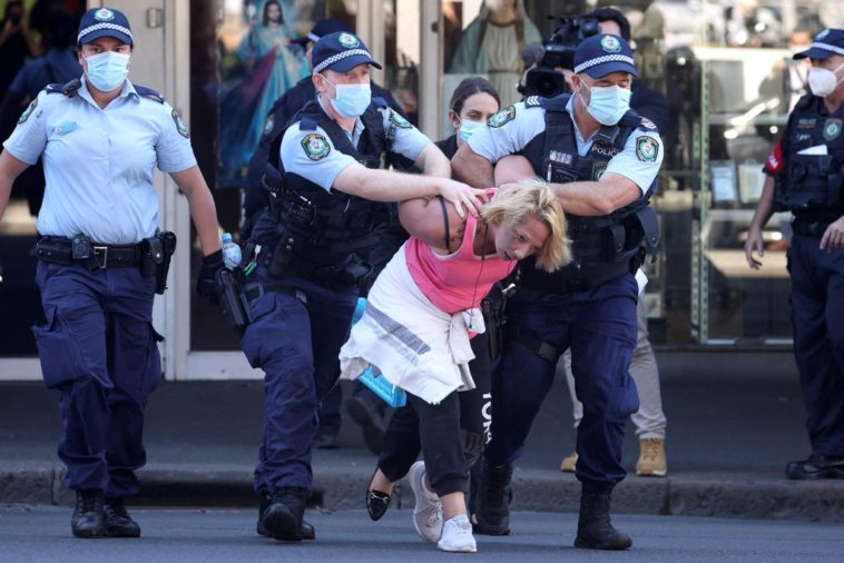 AUSTRALIA: Estallaron protestas en Melbourne por la estricta cuarentena