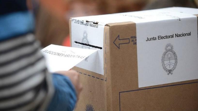 TUCUMAN: Fue a votar dos veces y lo descubrieron