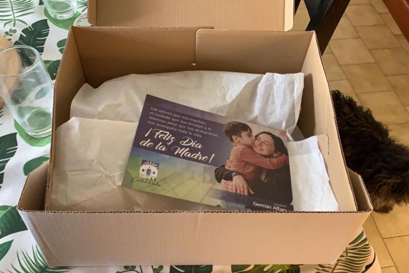 Tucuman: POPULISMO opositor, German Alfaro regala cajas con queso, dulce y vino por el Día de la Madre