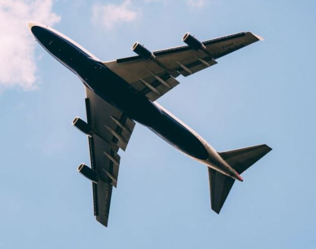soñar que ves un avión estrellarse