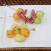 spies van meloen, ham en mozzarella