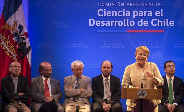 Comisión de Ciencia para el Desarrollo de Chile.