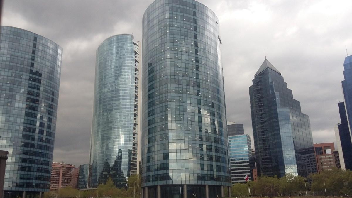 Centro financiero de Santiago (por Dimitrov01, Flickr)