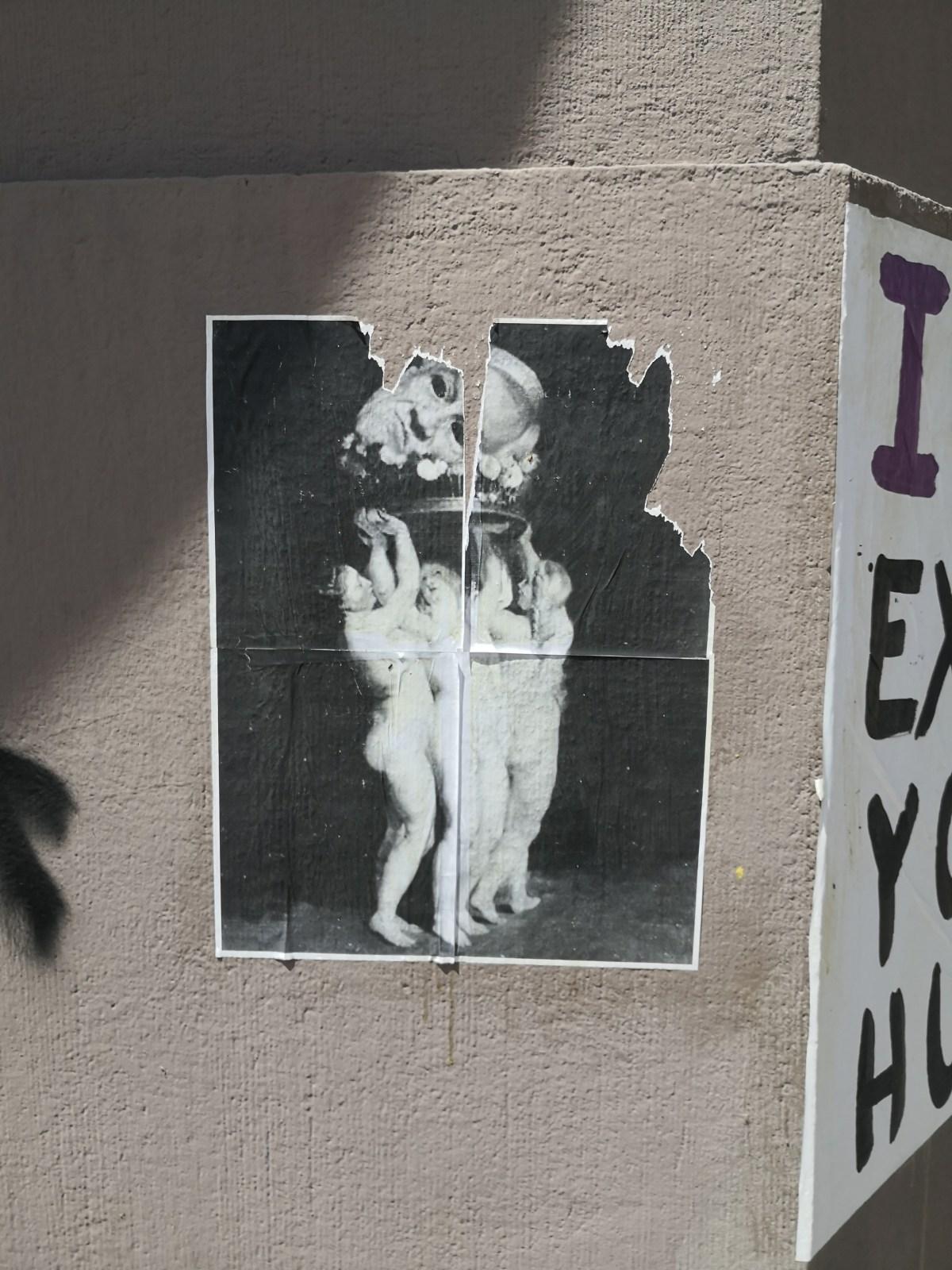 Afiche callejero contra Sebastián Piñera y apoyando protestas en Chile