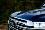 2016_Toyota_Land_Cruiser_42
