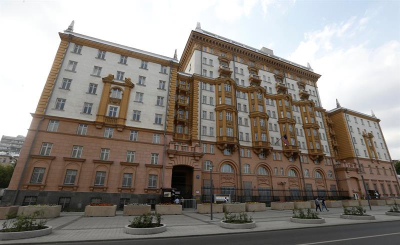 Espía rusa habría trabajado durante años en embajada de Estados Unidos