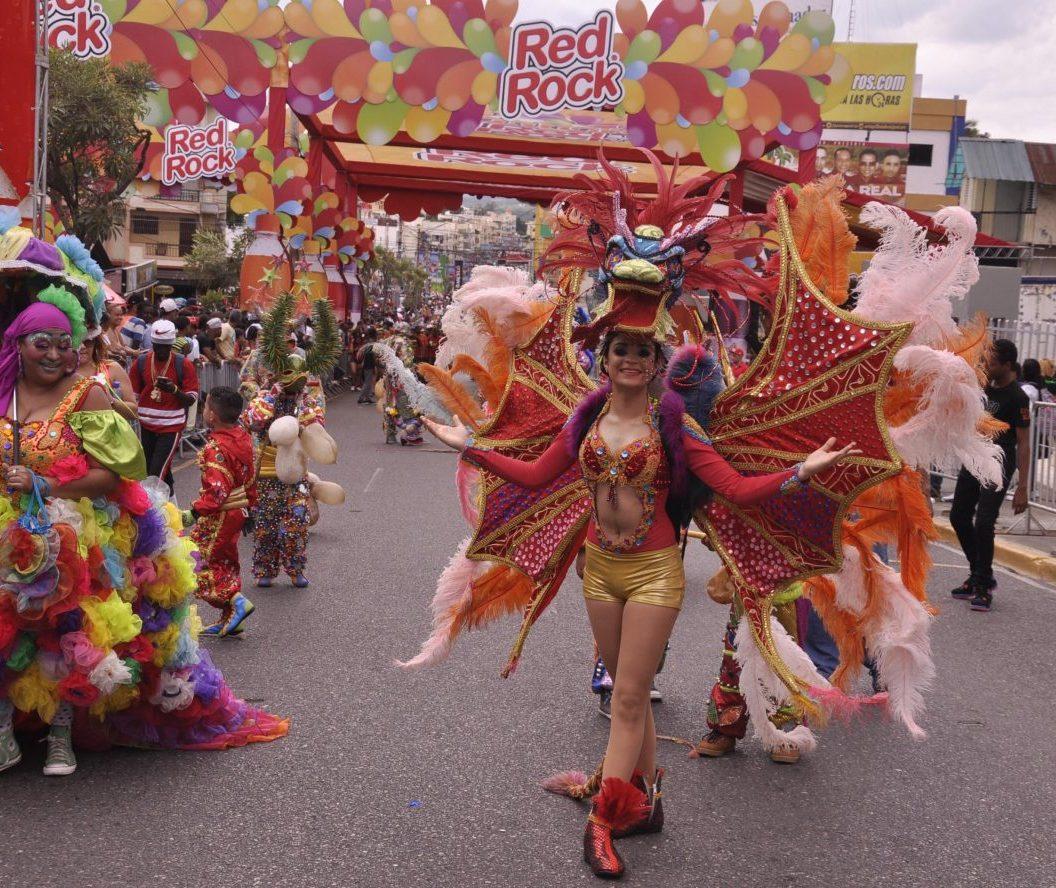 Fotos Primer domingo del Carnaval de Santiago 2017 (4)
