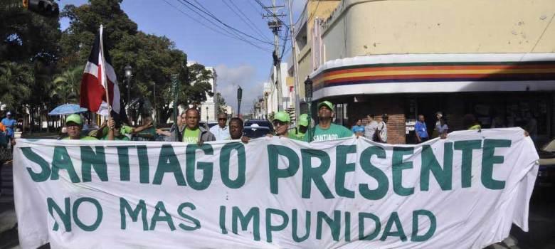 Llama verde sale de Santiago hacia La Vega
