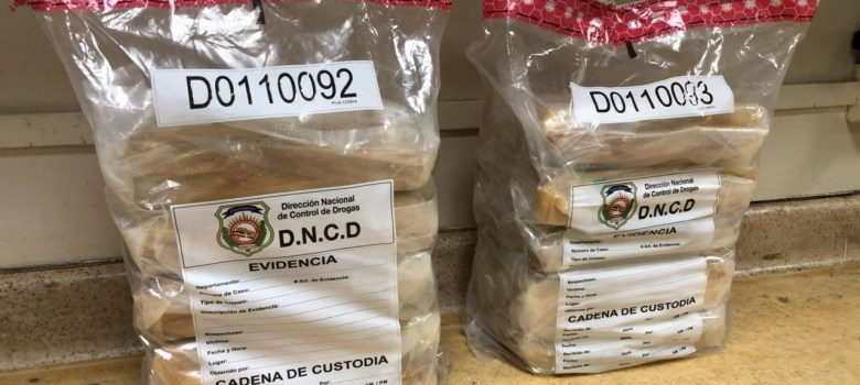 Autoridades incautan en el AILA 23 kilos de cocaína