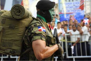 Desfile militar y escolar con motivo 174 aniversario Batalla de Santiago 30 de Marzo (7)