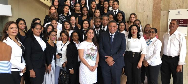 Nuevo fiscal titular de Santiago toma posesión