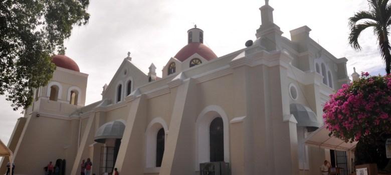 Continúan llegando peregrinaciones a Santo Cerro