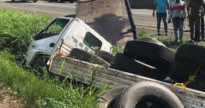 Bonao: Una de dos hermanas mueren en accidente