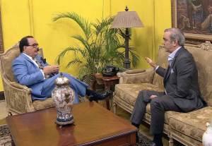 Abinader condena Danilo y Leonel quieran negociar reforma constitucional a su conveniencia
