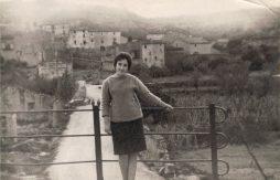 1963, Entrada al poble (el safareig, al camí)