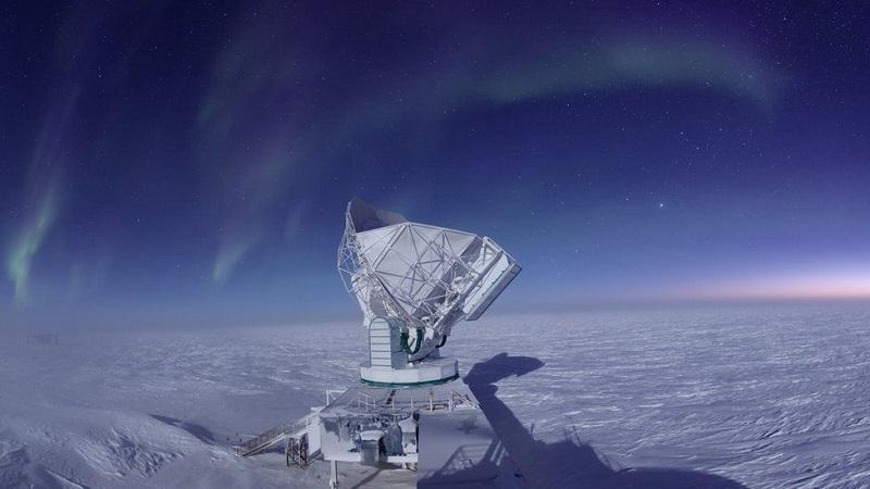 El Telescopio del Polo Sur fue uno de los ocho observatorios que formaron una red para captar la imagen. Foto cortesía