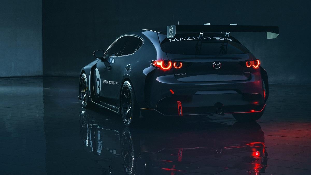 Mazda3 - El Sol Latino
