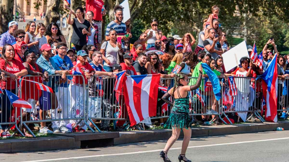 Parada Puertorriqueña - El Sol Latino