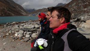 Everest un monstruo viene a verme en otoño a Nepal