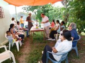 Dinaret d'Ocasha amb els pares