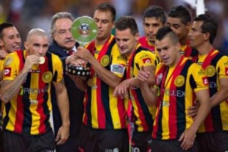Torneo ganado por Leones Negros