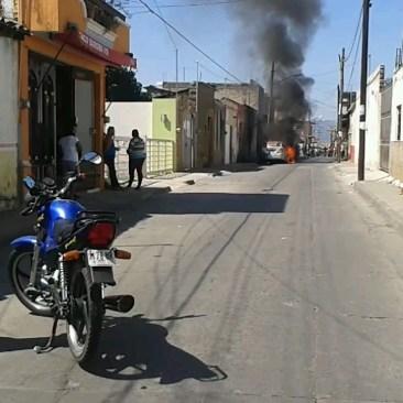 Atentado a automóviles del candidato a presidente municipal por el PRI de Tuxpan, Jalisco. Por: Cesar Alberto Isabeles Guerreo