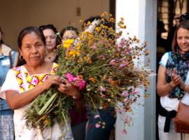 En Ciudad Guzmán, Marichuy pide fiesta