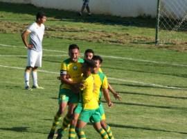 Mazorqueros cayó en penales contra el líder en su regreso al Estadio Santa Rosa