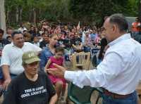 Toman protesta a cuidadores del voto de MC