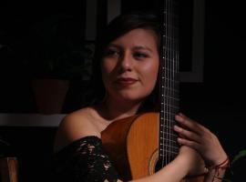 Zapotlense triunfa como guitarrista de flamenco