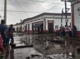 Continúa búsqueda de personas desaparecidas en San Gabriel; mil viviendas fueron afectadas