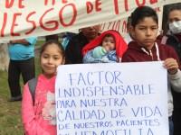 Tras manifestación, gobierno del Estado promete adquirir medicamento para cáncer y hemofilia