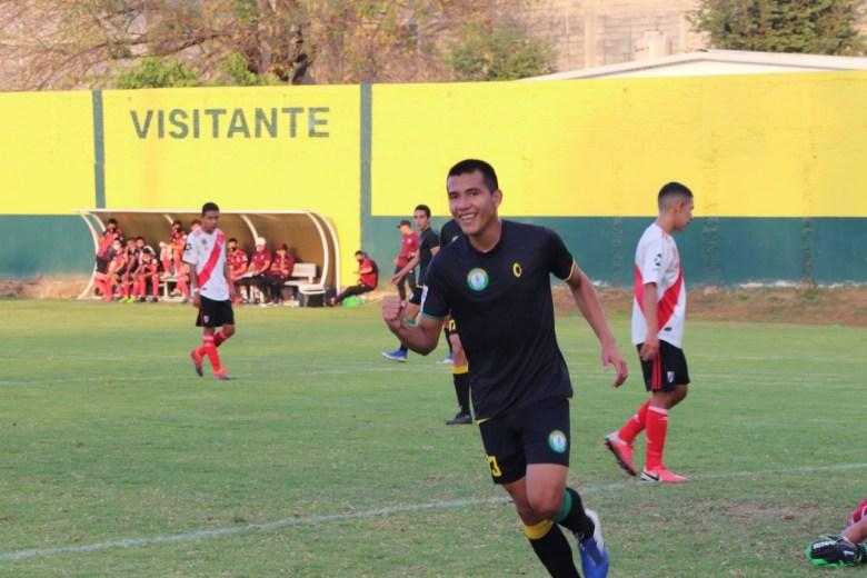 Mazorqueros sumó su quinta victoria en la Tercera División Profesional