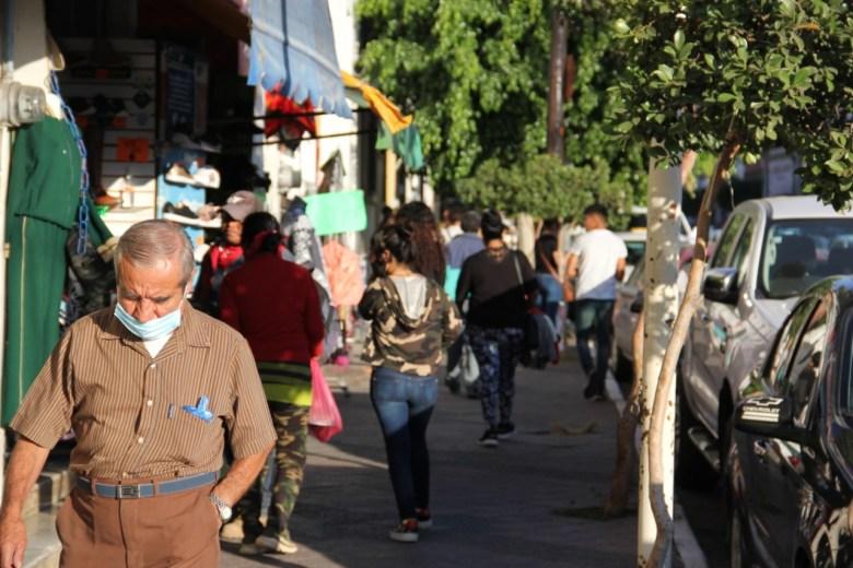 «No parece temporada navideña» comerciantes de Ciudad Guzmán