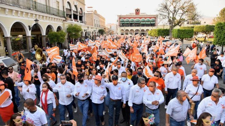 ¡Sin miedo al Covid-19! MC realiza evento masivo en el centro de Ciudad Guzmán