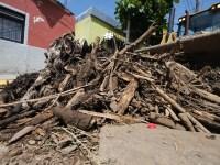 Zapotiltenses culpan a aguacateros por afectaciones tras tromba