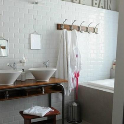Percha baño vintage, foto vía Etxecodeco