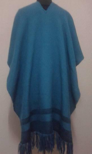 ruana-azul-y-negra-3