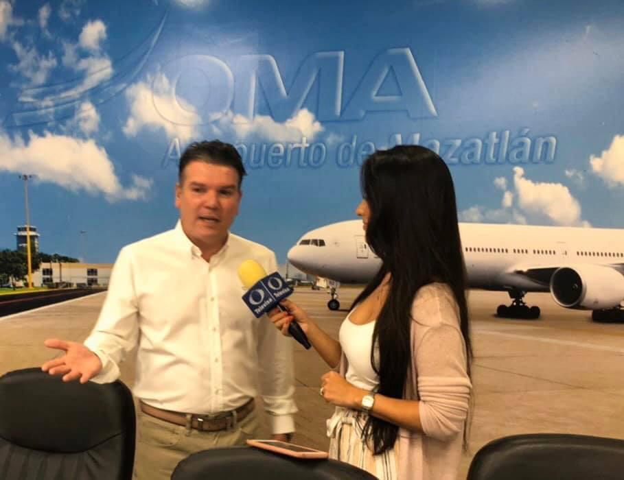 El Secretario de Turismo Óscar Pérez Barros inaugura vuelo Querétaro -  Mazatlán de la aerolínea TAR - El Tiempo