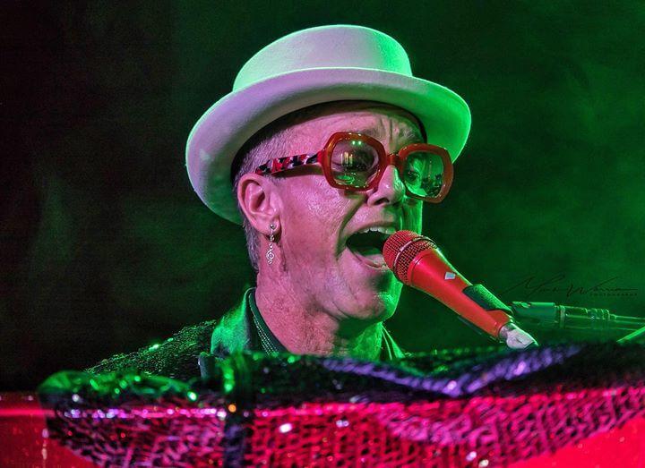 Elton Dan