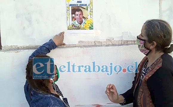En la pared también su madre y Antonella colocan el retrato de Mauricio.