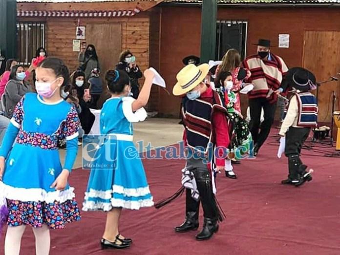 A BAILAR CHIQUILLOS.- Para estas Fiestas Patrias se anuncia una semana sin lluvias, excelente clima para vivir con alegría y cautela las fiestas.