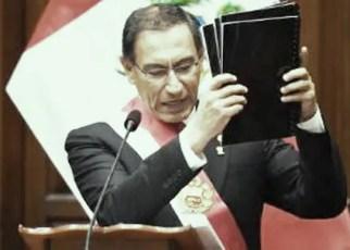 Vizcarra-disuelve-congreso-Peru