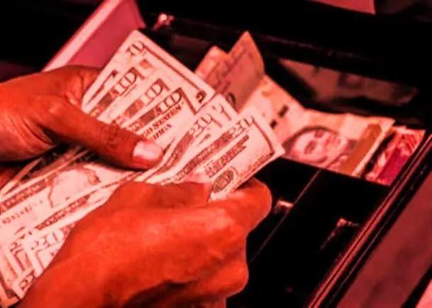 Dolarización anárquica: la peor desgracia para terminar con lo que queda de país