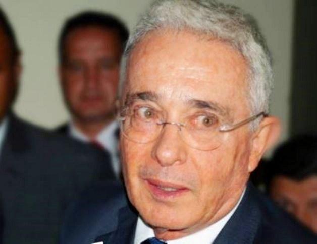 Corte Suprema de Justicia colombiana ordenó detención domiciliaria al expresidente Alvaro Uribe