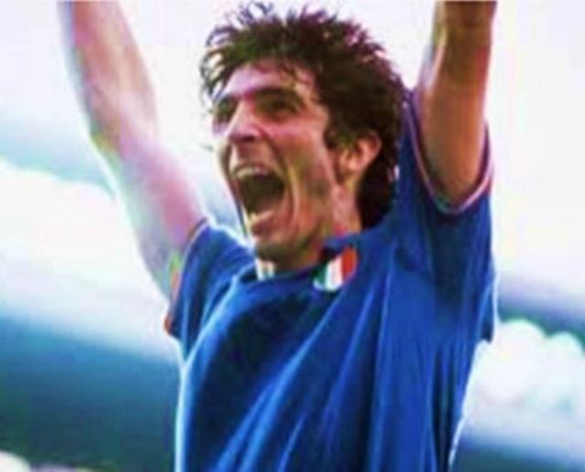 Murió el mítico delantero italiano Paolo Rossi